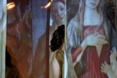 Pièce Muses et femmes par Lefki Papachrysostomou